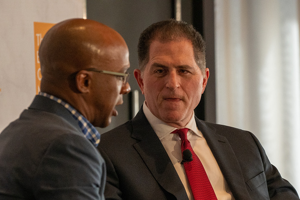 Big Data「CEO Of Dell Computers Michael Dell Speaks At The Economic Club Of New York」:写真・画像(15)[壁紙.com]