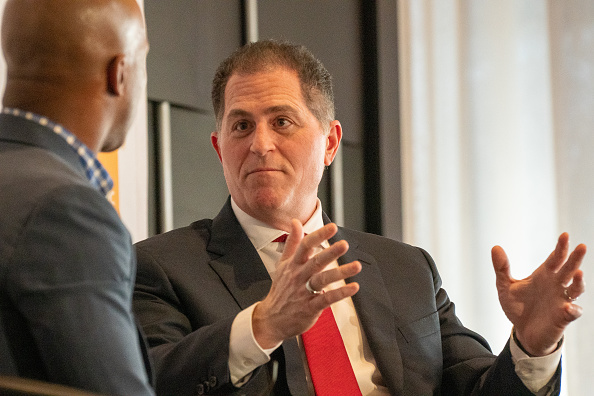 Big Data「CEO Of Dell Computers Michael Dell Speaks At The Economic Club Of New York」:写真・画像(19)[壁紙.com]