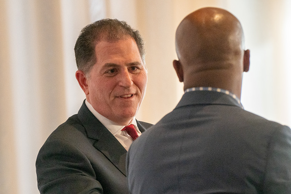 Big Data「CEO Of Dell Computers Michael Dell Speaks At The Economic Club Of New York」:写真・画像(17)[壁紙.com]