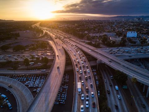 Traffic「Drone Shot of 10/110 Interchange at Sunset」:スマホ壁紙(10)