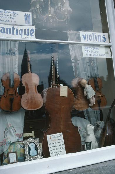 楽器「Village Antiques」:写真・画像(8)[壁紙.com]