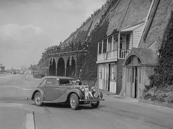Light Micrograph「MG VA Tickford tourer of Lilian Roper competing in the RAC Rally, Madeira Drive, Brighton, 1939」:写真・画像(18)[壁紙.com]