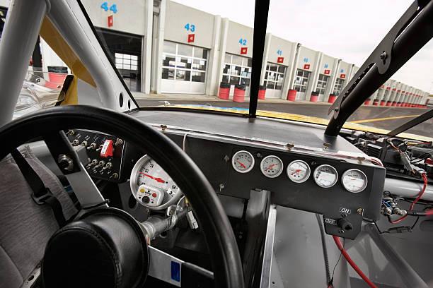 Stock car cockpit:スマホ壁紙(壁紙.com)