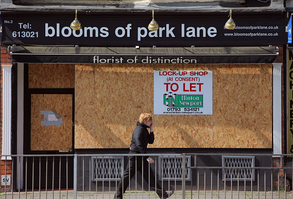 Boarded Up「Alistair Darling Unveils The 2009 Budget」:写真・画像(6)[壁紙.com]