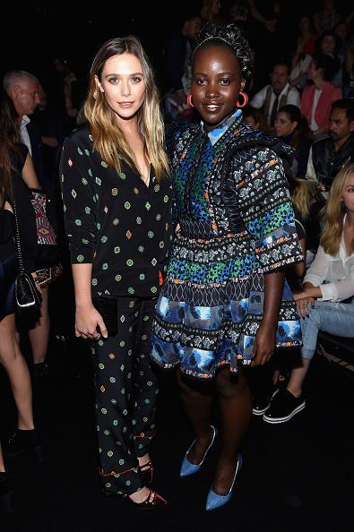 Elizabeth Olsen「KENZO x H&M Launch Event Directed By Jean-Paul Goude' - Front Row」:写真・画像(13)[壁紙.com]