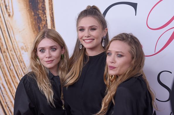 Elizabeth Olsen「2016 CFDA Fashion Awards - Arrivals」:写真・画像(0)[壁紙.com]