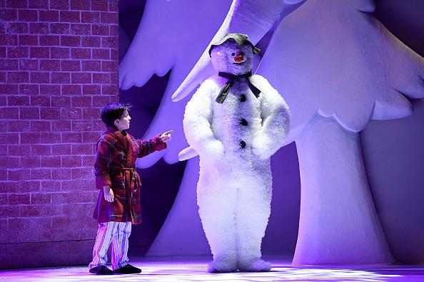 雪だるま「'The Snowman' Returns To The Peacock Theatre For The Christmas Period」:写真・画像(12)[壁紙.com]
