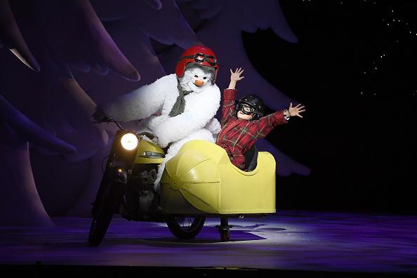 雪だるま「'The Snowman' Returns To The Peacock Theatre For The Christmas Period」:写真・画像(14)[壁紙.com]