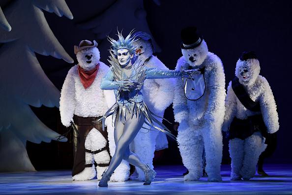 雪だるま「'The Snowman' Returns To The Peacock Theatre For The Christmas Period」:写真・画像(15)[壁紙.com]
