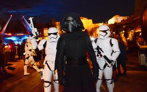 Disney「Star Wars: Galaxy's Edge Walt Disney World Resort Opening」:写真・画像(16)[壁紙.com]