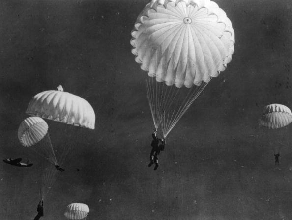 World War II「Paramarine Training」:写真・画像(6)[壁紙.com]