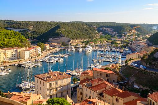 France「France, Corsica, Bonifacio, harbour」:スマホ壁紙(2)