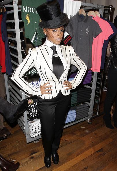 Necktie「Ralph Lauren Soho Celebrates Fashion's Night Out」:写真・画像(7)[壁紙.com]