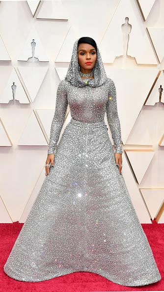 Silver Dress「2020 Getty Entertainment - Social Ready Content」:写真・画像(15)[壁紙.com]