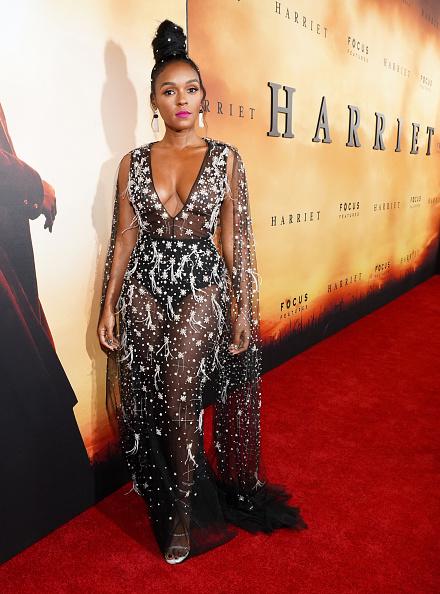 "Long Sleeved「Premiere Of Focus Features' ""Harriet"" - Red Carpet」:写真・画像(5)[壁紙.com]"