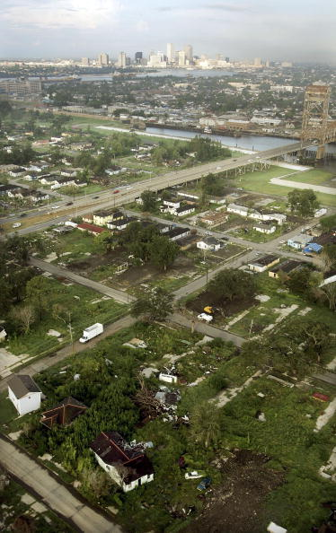 Recovery「New Orleans Faces One Year Anniversary Of Hurricane Katrina」:写真・画像(15)[壁紙.com]