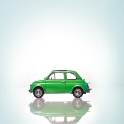 Toy「A green car.」:スマホ壁紙(13)