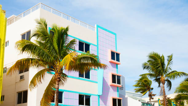 Colorful buildings in South Miami Beach:スマホ壁紙(壁紙.com)