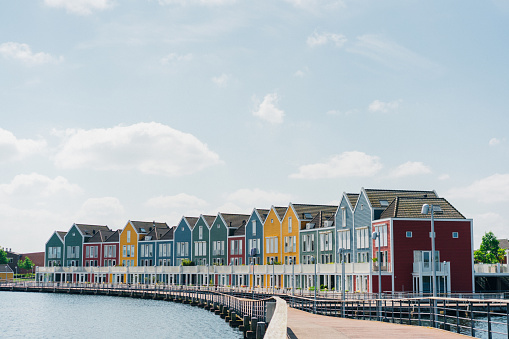 Amsterdam「Colorful buildings near the lake」:スマホ壁紙(14)