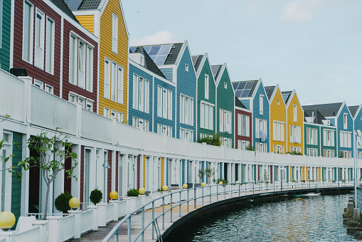 Amsterdam「Colorful buildings near the lake」:スマホ壁紙(6)