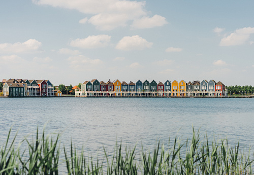 Amsterdam「Colorful buildings near the lake」:スマホ壁紙(13)