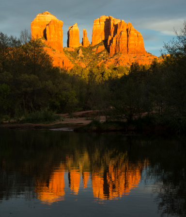 Sedona「Cathedral Rock Oak Creek reflection at sunset, Sedona, Arizona」:スマホ壁紙(2)