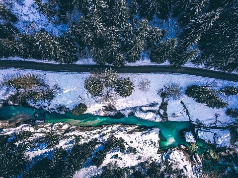 Julian Alps「Idyllic winter landscape from above」:スマホ壁紙(7)