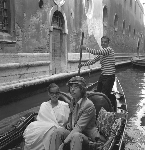 Gondolier「A Gondola Trip With Bianca」:写真・画像(12)[壁紙.com]