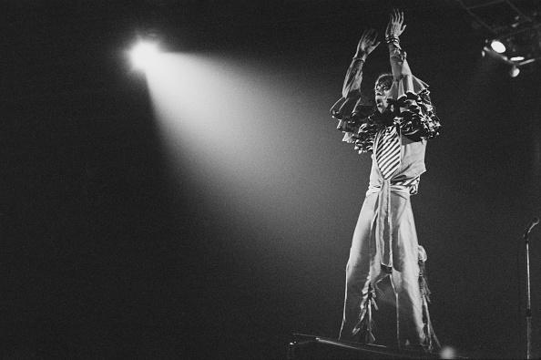 Spot Lit「The Rolling Stones Play Earls Court」:写真・画像(3)[壁紙.com]