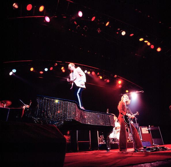 Piano「Elton John On Stage」:写真・画像(17)[壁紙.com]