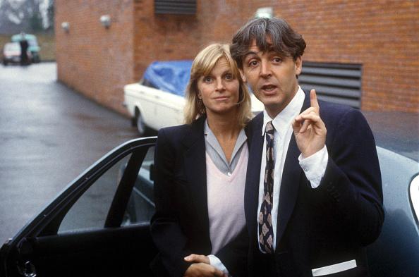 Husband「Paul And Linda McCartney Leave Court」:写真・画像(6)[壁紙.com]