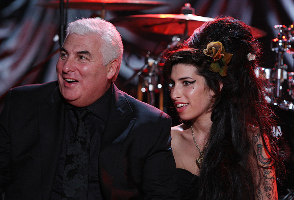 Amy Winehouse「Amy Winehouse Performs For Grammy's Via Video Link」:写真・画像(19)[壁紙.com]