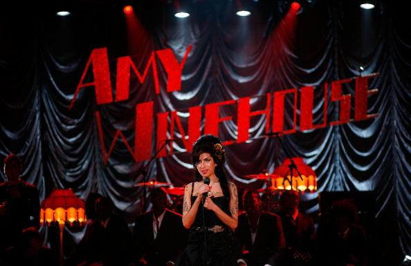 Amy Winehouse「Amy Winehouse Performs For Grammy's Via Video Link」:写真・画像(4)[壁紙.com]