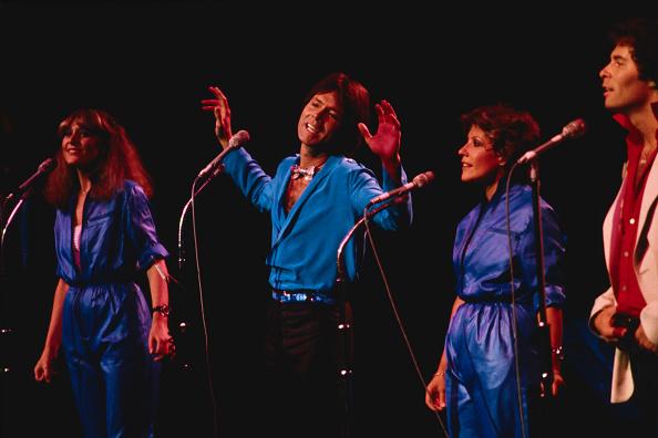 Mike Hewitt「Cliff Richard Concert」:写真・画像(0)[壁紙.com]