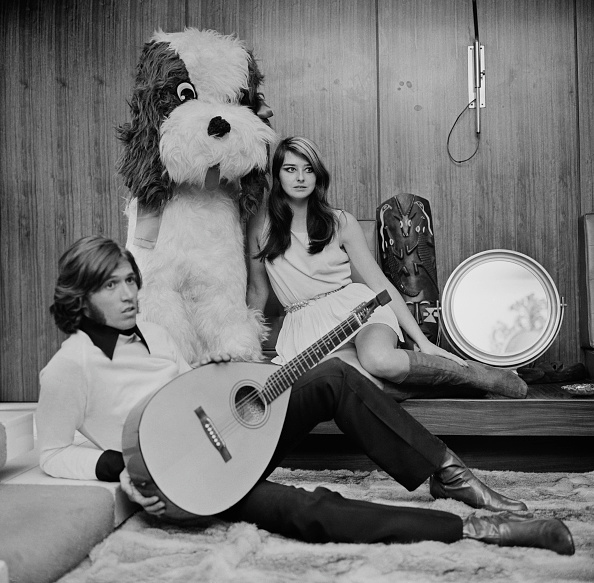 Stuffed「Barry and Linda Gibb」:写真・画像(8)[壁紙.com]