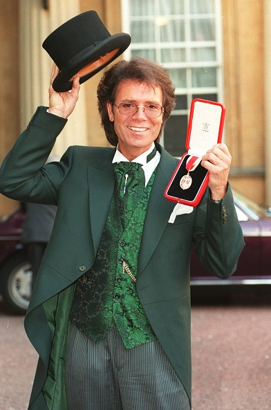 Photoshot「Sir Cliff Richard」:写真・画像(1)[壁紙.com]