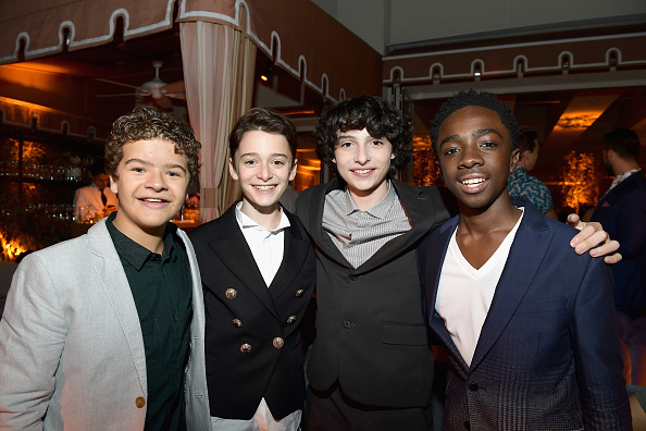 Noah Schnapp「2017 Entertainment Weekly Pre-Emmy Party - Inside」:写真・画像(8)[壁紙.com]