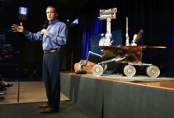 Opportunity「NASA Administrator Jim Bridenstine Holds Briefing On Mars Opportunity Rover」:写真・画像(9)[壁紙.com]