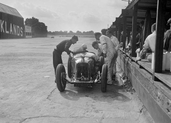 Misfortune「Amilcar C6 of Bill Humphreys in the pits, BRDC 500 Mile Race, Brooklands, 1931」:写真・画像(17)[壁紙.com]