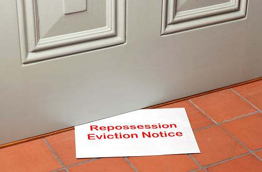 Employment And Labor「Repossession Eviction notice pushed under front door」:スマホ壁紙(5)