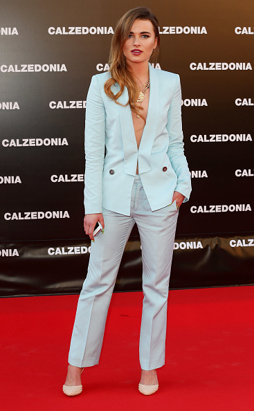 One Woman Only「Calzedonia Summer Show Forever Together」:写真・画像(16)[壁紙.com]
