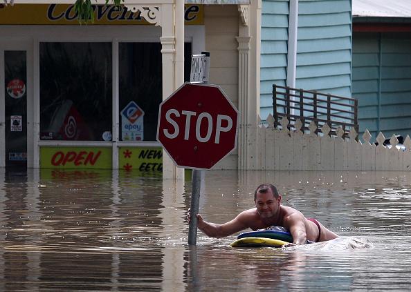 Suburb「Queensland Floods Peak In Brisbane CBD」:写真・画像(17)[壁紙.com]