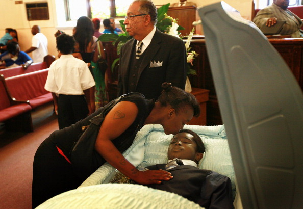 Church「A Young Victim Of Chicago's Gun Violence Is Laid To Rest」:写真・画像(16)[壁紙.com]