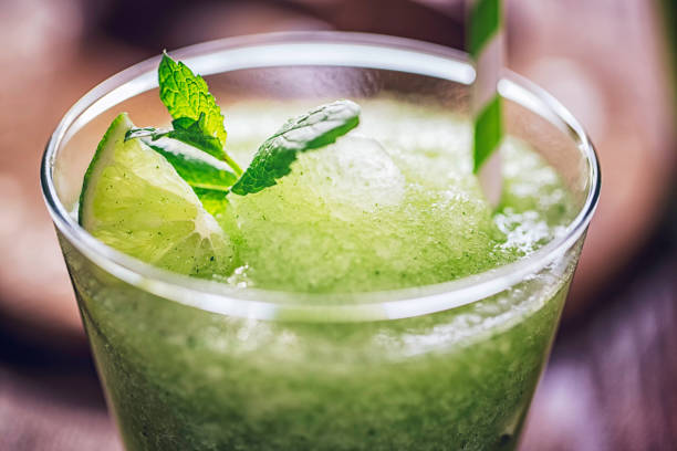 Frozen Mojito Cocktail:スマホ壁紙(壁紙.com)