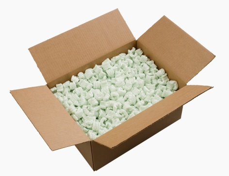 Tilt「Open box filled with packing peanuts」:スマホ壁紙(17)
