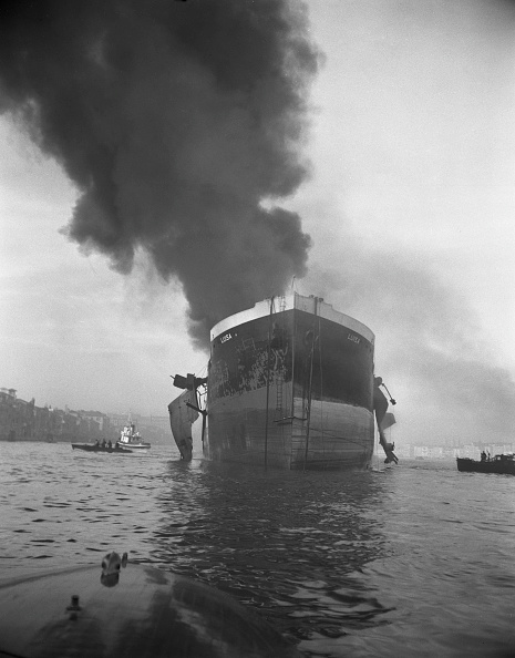 Thick「Ship On Fire」:写真・画像(17)[壁紙.com]