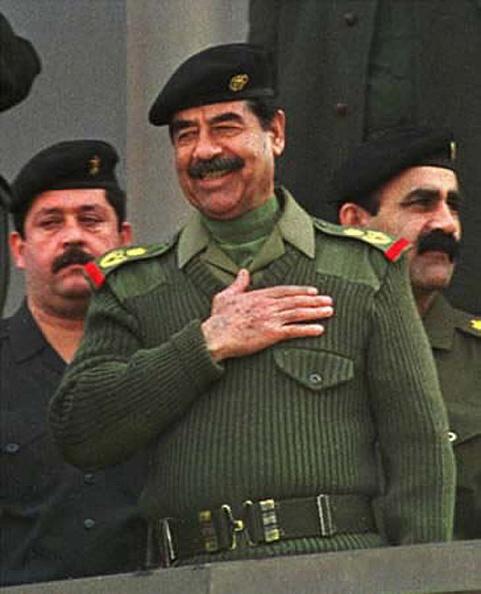 Military Uniform「Iraqi President Saddam Hussein...」:写真・画像(11)[壁紙.com]