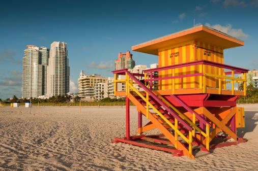 Miami Beach「マイアミビーチのサウスビーチのライフガードハウス」:スマホ壁紙(16)