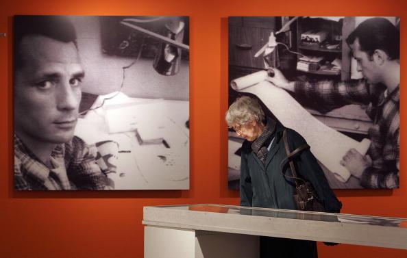 活動「Kerouacs First Draft Of Seminal Book 'On The Road' Displayed」:写真・画像(1)[壁紙.com]