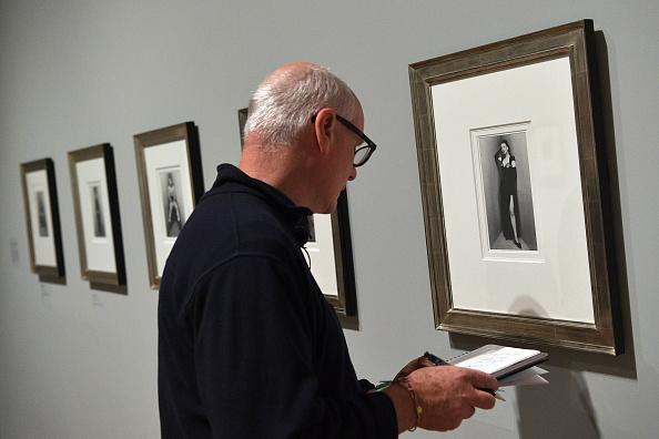 Irving Penn「Preview Of Elton John's Modernist Photography Collection」:写真・画像(10)[壁紙.com]